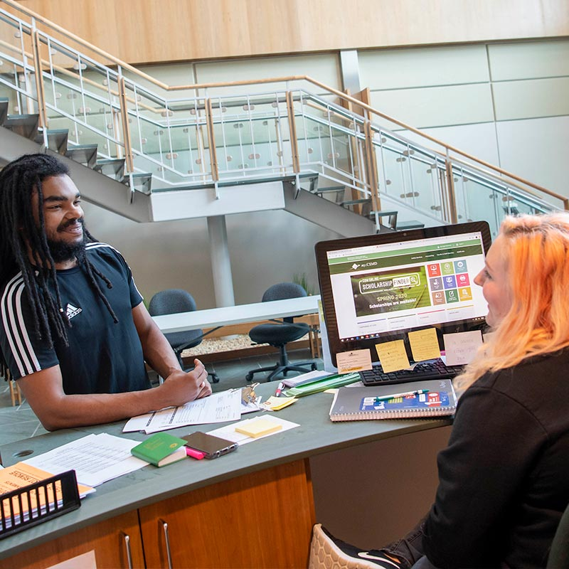 Student registers on campus with help